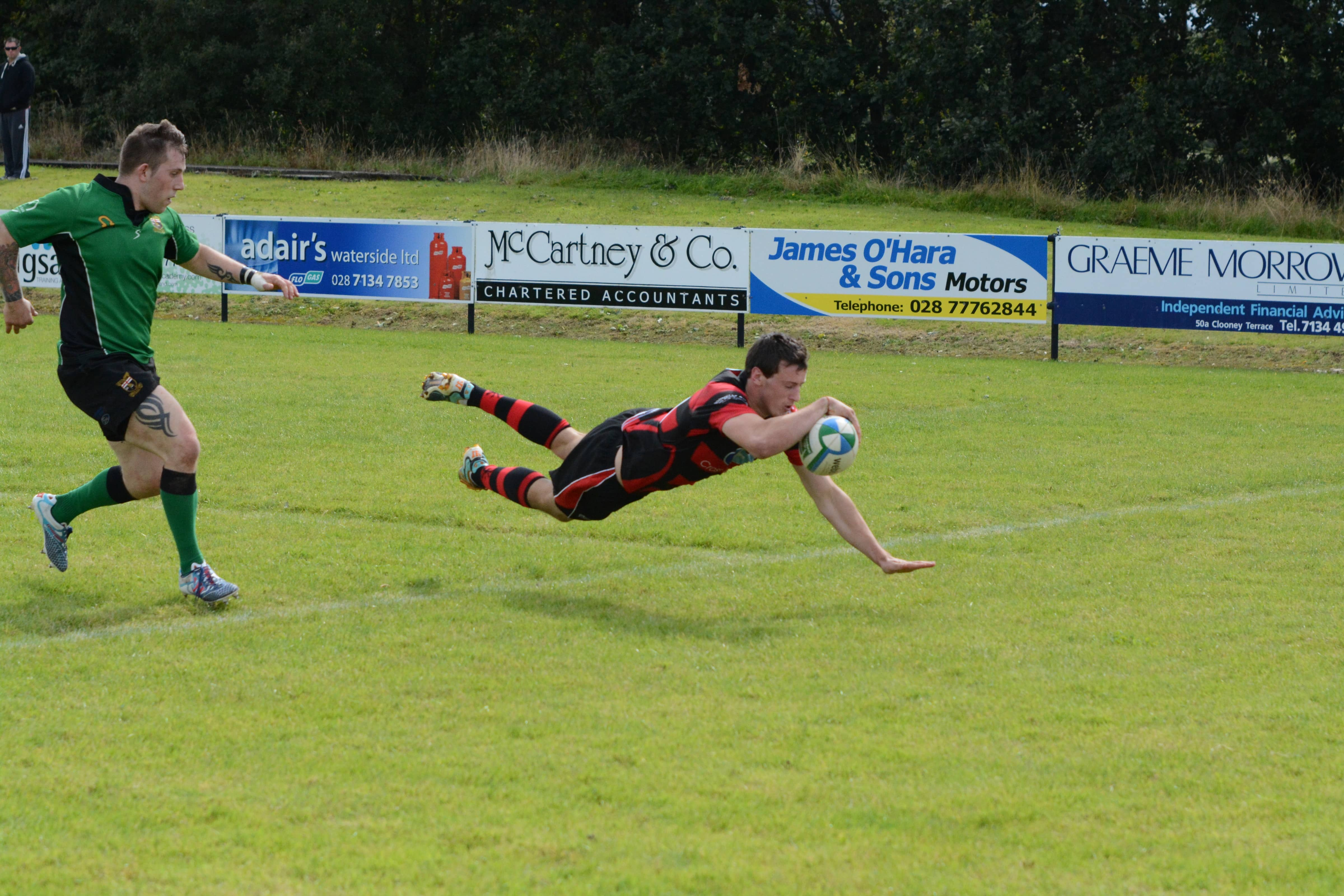 Robbie Faloon scores Armagh's first try at City of Derry on Saturday