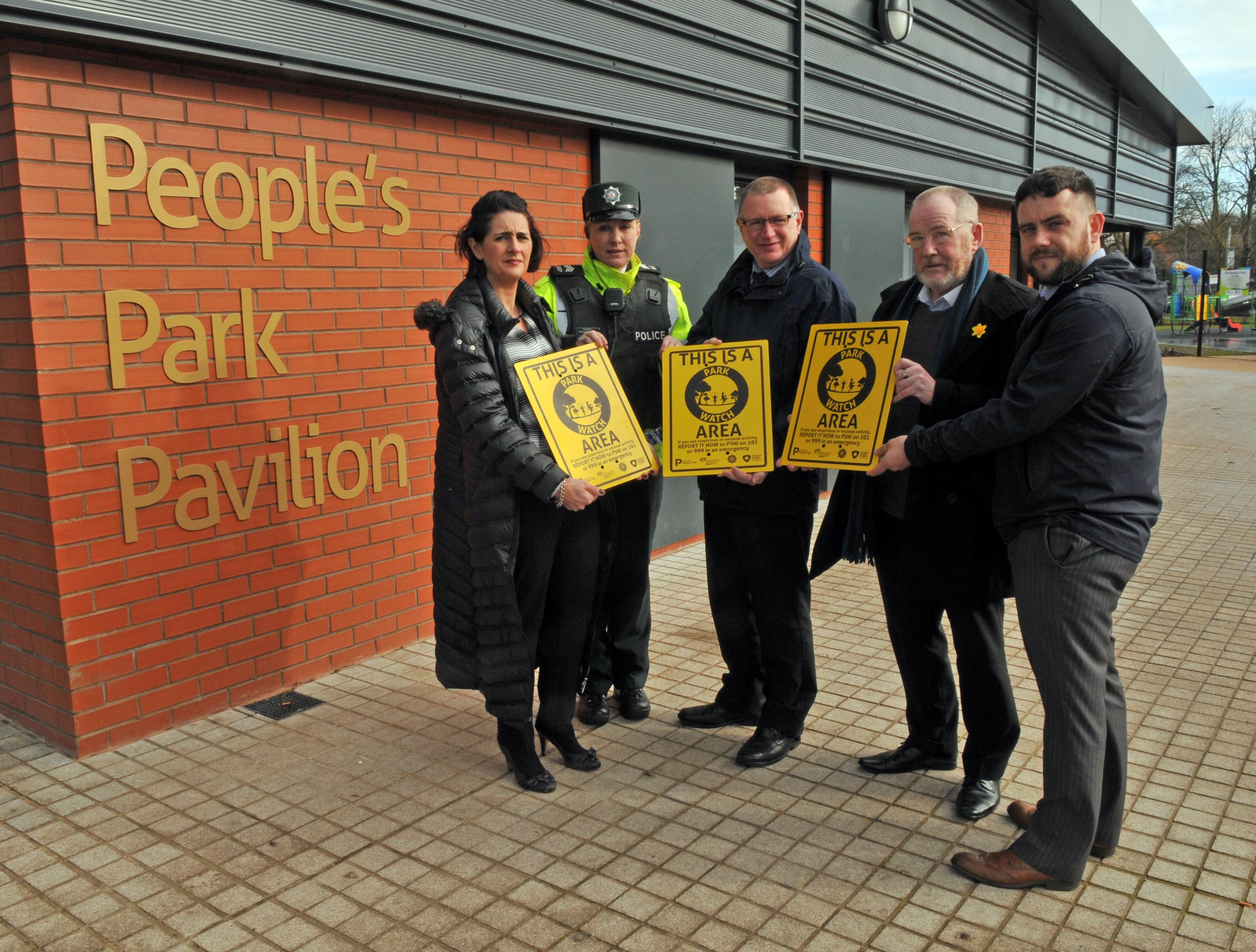 Annette Blaney, Policing and Community Safety Partnership, Sergeant Barbara McNally, PSNI Neighbourhood Team, Alderman Robert Smith, Chair of the Policing and Community Safety Partnership, local resident Vincent McAleenan and Michael Ruddy, Park Development Officer at the launch of 'Park Watch' in Portadown Peoples Park