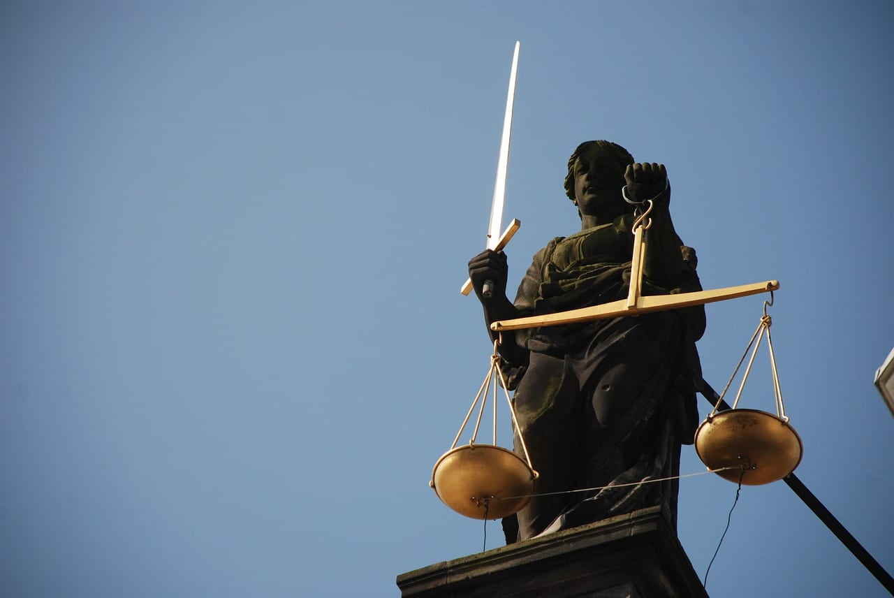Court lady justice