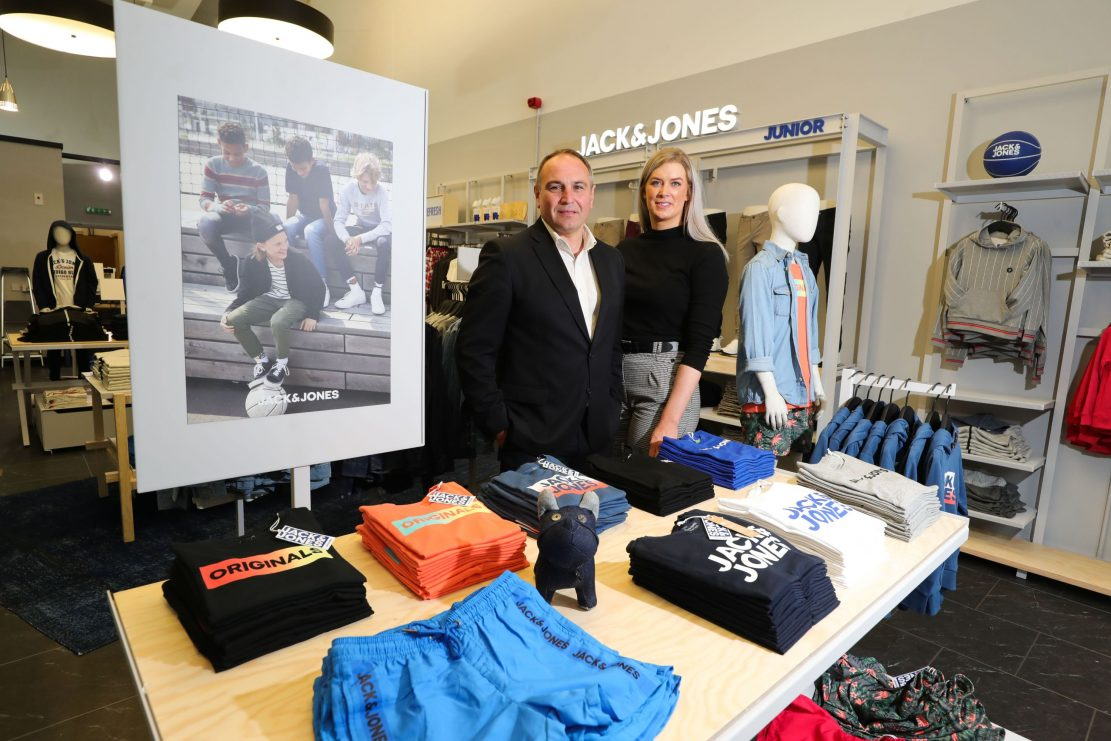 Pictured (L-R) Chris Nelmes, The Boulevard Centre Director and Claire Montgomery, Jack & Jones Junior Store Manager. The Boulevard is paving the way in children's clothing with the opening of Europe's first Jack & Jones Junior store, creating six jobs at the Banbridge shopping destination. The store, located next to the recently opened Radley London store, is the fourth new store to open its doors this year at The Boulevard and will join over 50 other brands currently on-site, including Guess, Jaeger, GAP and Skechers. For more information on The Boulevard and its many leading brands visit www.the-boulevard.co.uk, follow @theboulevardbanbridge on Facebook or Instagram or @theboulevardni on Twitter.