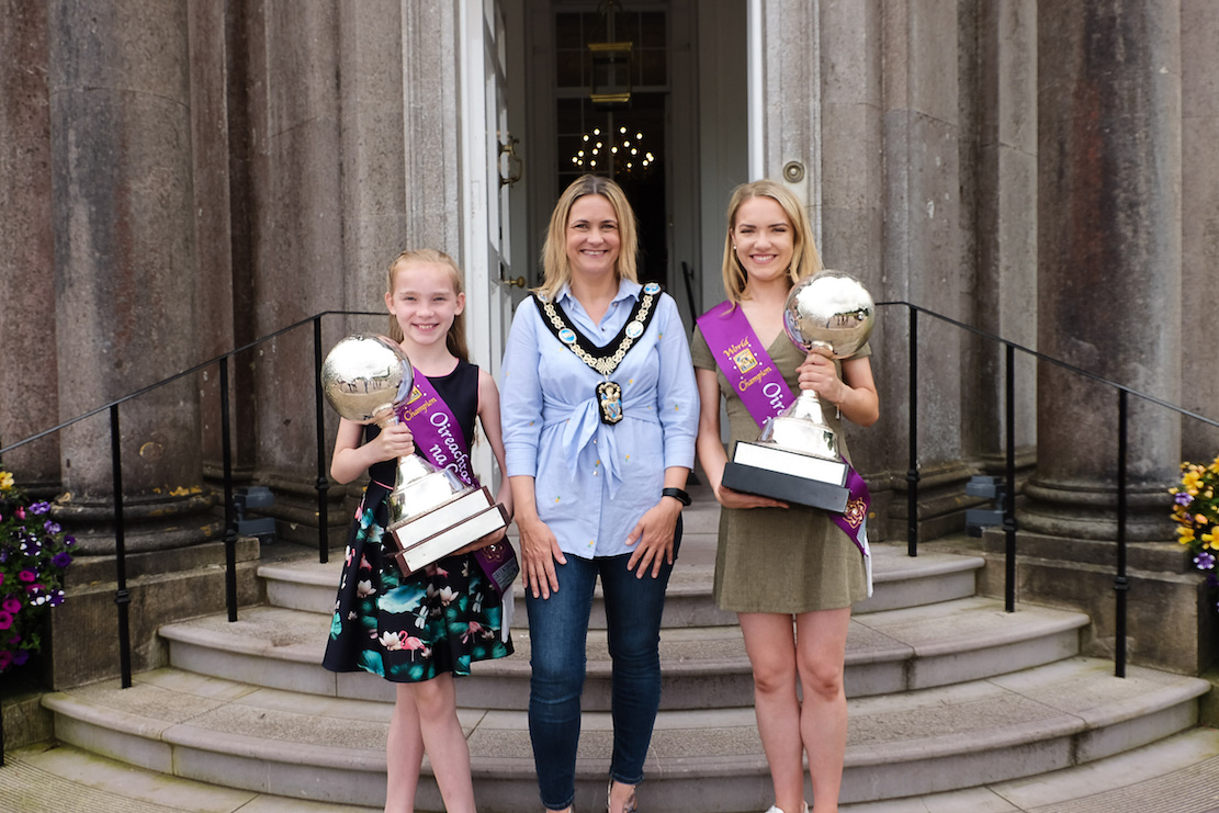 Lord Mayor of Armagh Mealla Campbell welcomes World Champion Irish Dancers, sisters Olivia and Caitlin Murray to a reception at The Palace Armagh Co.Armagh