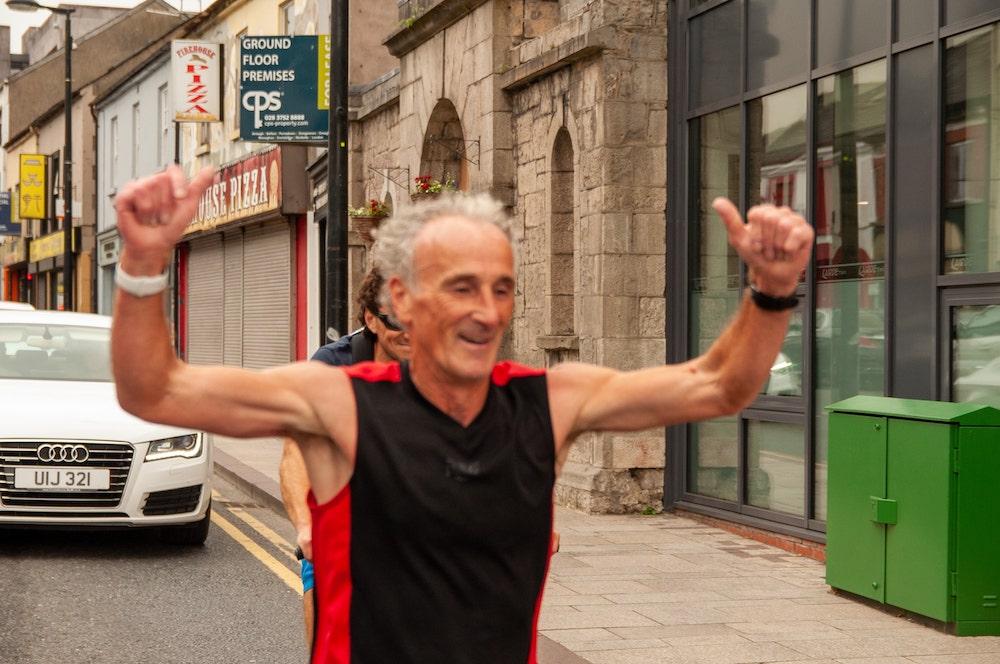 Mattie Lennon completes his Camino Mhacha run